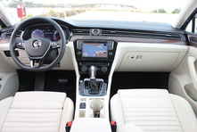 Volkswagen Passat 8 SW : en avant-première, les photos de l'essai