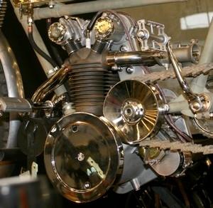 La rétrospective « Moto Peugeot » version Rétromobile 2010.