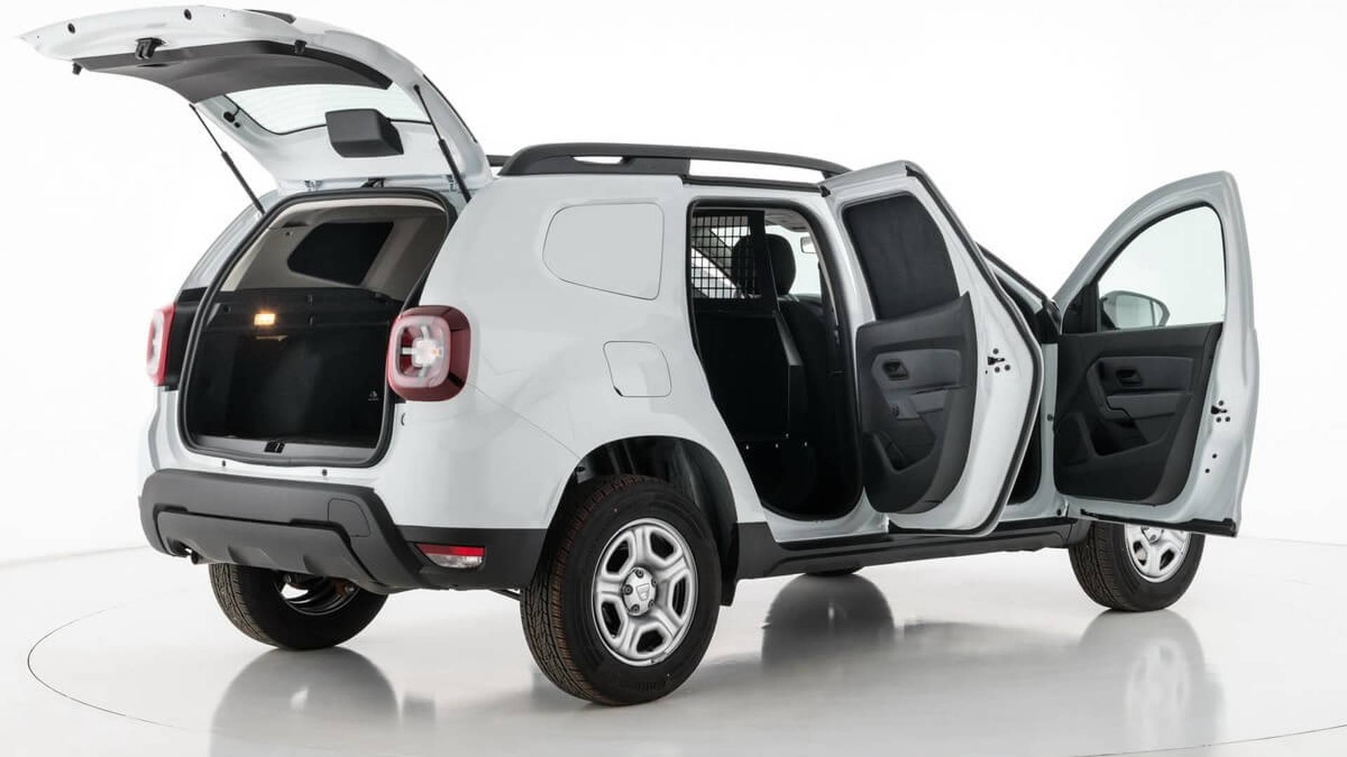 un dacia duster transform en utilitaire. Black Bedroom Furniture Sets. Home Design Ideas