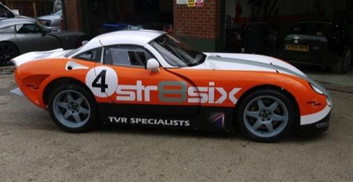 Str8six réinvente la TVR Tuscan... pour la compétition