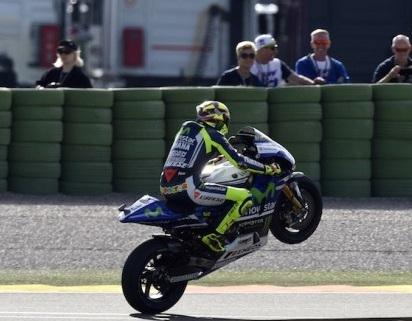 Moto GP – Grand Prix de Valence J.2: Rossi retrouve la pole et Zarco la rate de peu