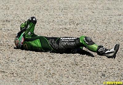 Moto GP: Kawasaki prend West en test.