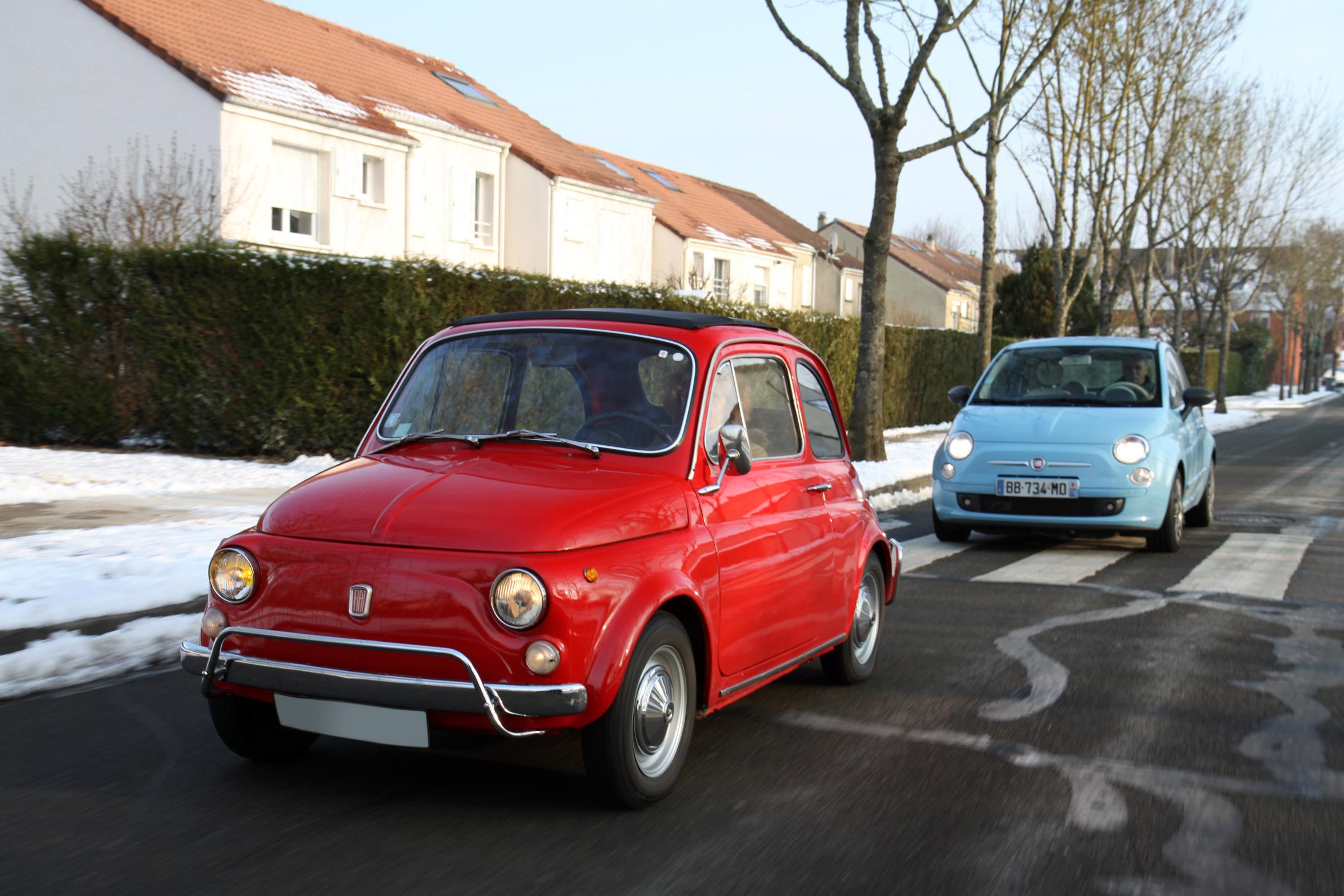 Vid o fiat 500 luxe 1970 vs fiat 500 twinair 2008 for Garage peugeot montigny les cormeilles