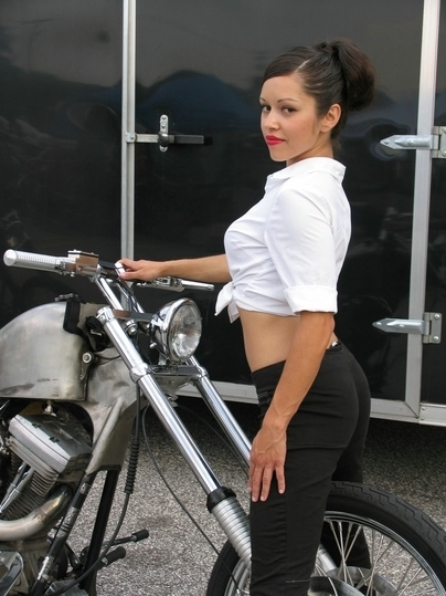 Moto & Sexy : Chopper Girl Gangsta