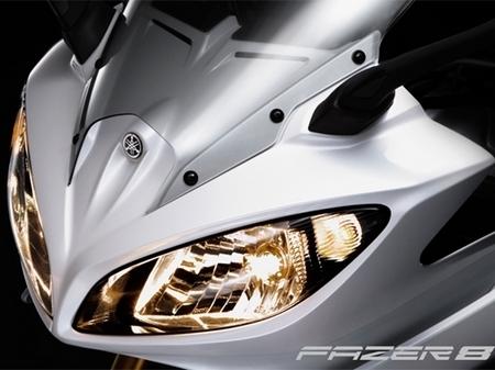 Voilà la version Fazer de la Yamaha FZ8
