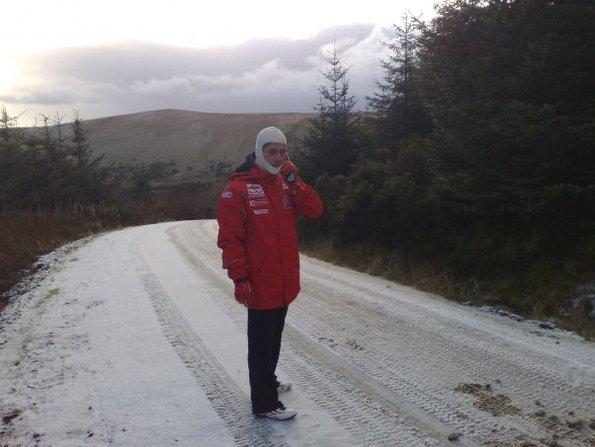 WRC Grande-Bretagne : Loeb se fait un toit ... en reco !