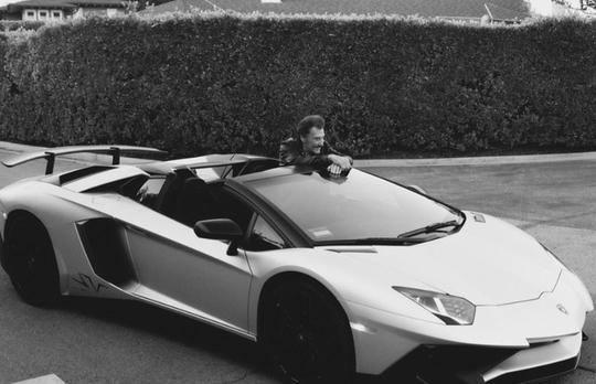 Johnny Hallyday: son patrimoine automobile mis en vente