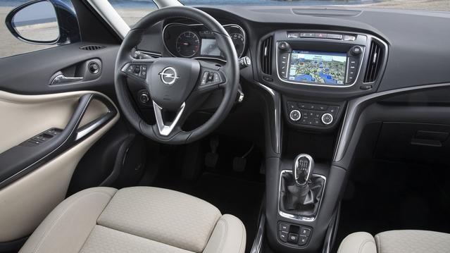 Opel dévoile le Zafira restylé