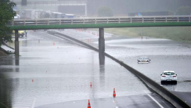 Automobilistes, attention aux inondations