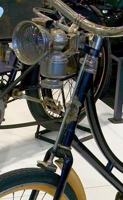 Bicyclette 1899 à transmission acatène.