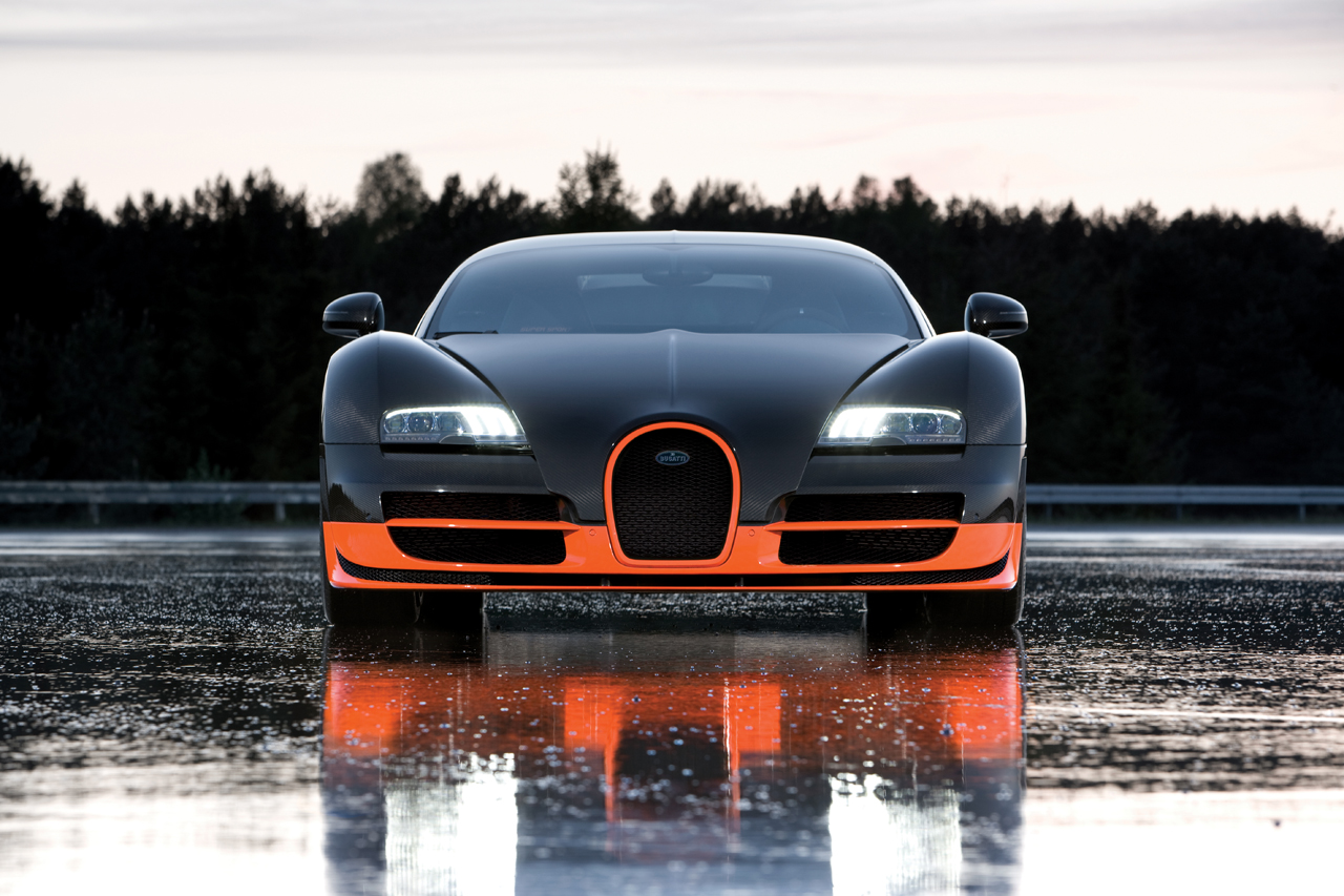 http://images.caradisiac.com/images/8/4/1/9/58419/S0-Bugatti-Veyron-16-4-Supersport-Les-photos-officielles-du-record-185727.jpg