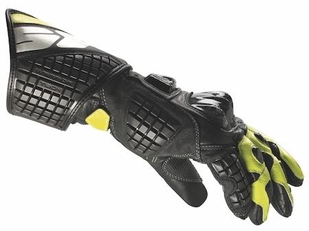 Spidi décline ses gants Carbo Track aux couleurs Tech3