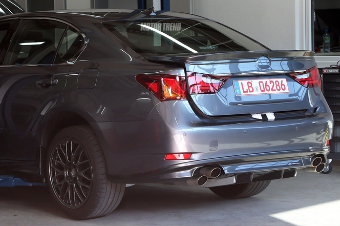 Surprise : une future Lexus GS-F ?