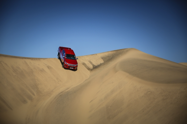 Essai vidéo - Toyota Hilux (2016) : double-cabine, double usage ?
