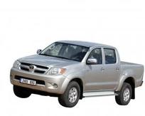 L'Hilux 2004. Ce n'est que par petites touches que Toyota a fait évoluer son modèle.