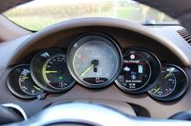 Essai vidéo - Porsche Cayenne restylé : piment vert