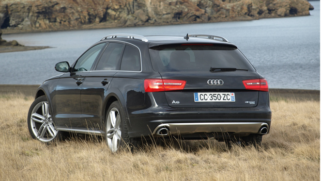 essai vid o audi a6 allroad entre adidas et pataugas. Black Bedroom Furniture Sets. Home Design Ideas