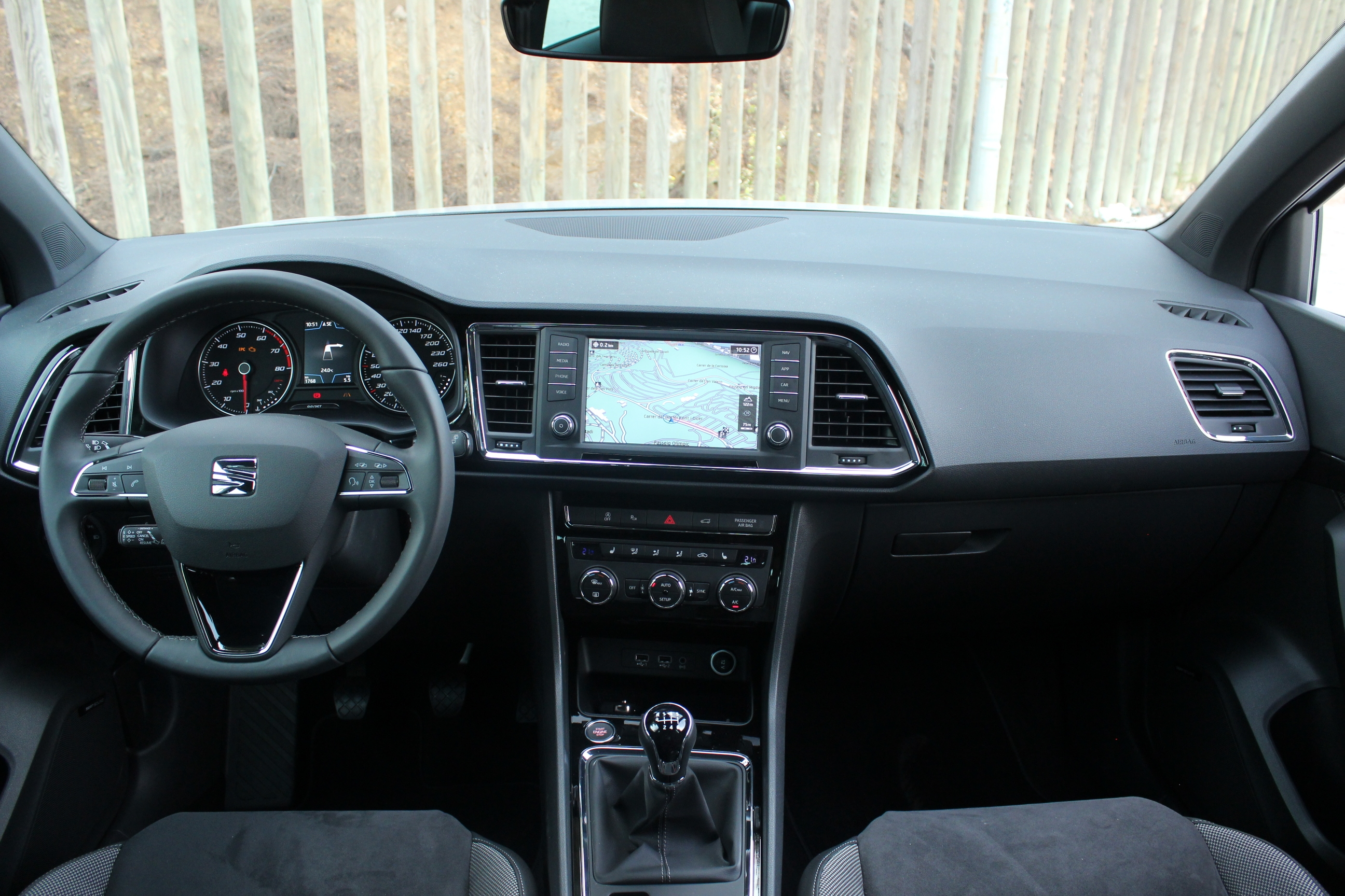 Essai vid o seat ateca le messie for Photos interieur