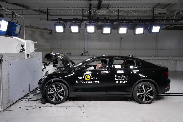 Prueba de bloqueo: Registros para CUPRA Formentor y Polestar 2, 5 Estrellas para el Renault Arkana