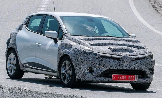 Spyshot : la Renault Clio restylée se promène