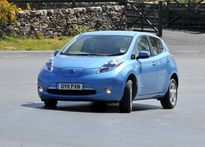 Les Virées Caradisiac à Islay (Ecosse) - Que manque-t-il à la Nissan Leaf ?