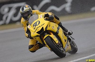 Moto GP: Grande Bretagne: Un Grand Prix en eau de boudin pour Guintoli.