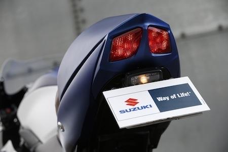 Suzuki SV650 Café Racer par Kikishop Custom