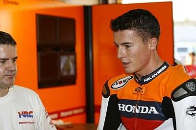 Moto GP: Quand Edwards conseille Toseland.