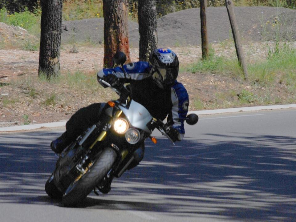 Essai Moto Morini 1200 Corsaro : la beauté à l'état sauvage