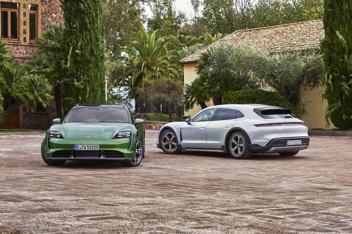 Porsche dévoile la Taycan Cross Turismo - Caradisiac.com
