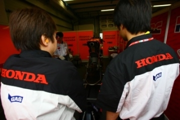Moto GP - Moto2: La rumeur confimée, Honda fournisseur du Moto2
