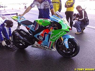 Moto GP: Pay Bas D.1: Stoner, déjà. Randy second.