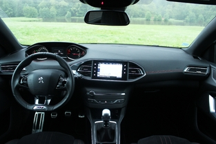 Tableau de bord de la Peugeot 308 GT