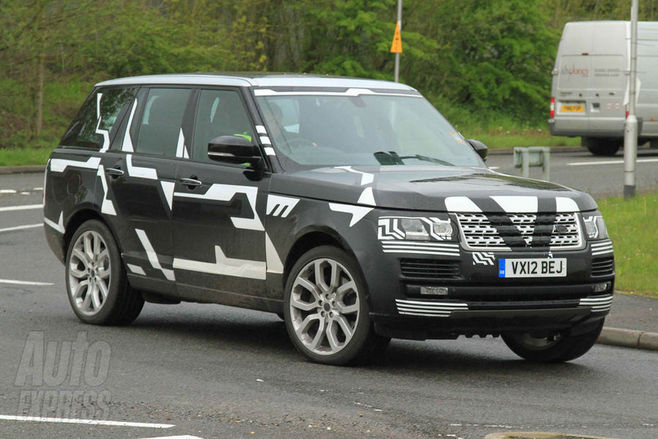 le nouveau range rover surpris en phase de test. Black Bedroom Furniture Sets. Home Design Ideas