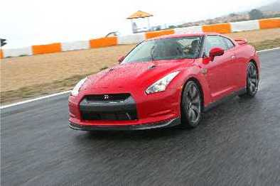 Nissan GT-R: la version européenne fin prête