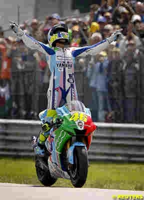 Moto GP: Statistiques: Rossi écrit l'Histoire.