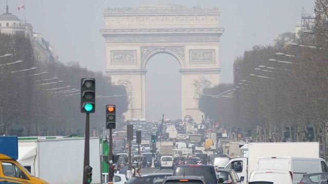 Circuler avec un véhicule interdit dans Paris vous coûtera 35€