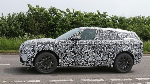 Land Rover prépare un concurrent au BMW X6