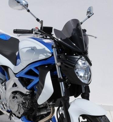"Ermax ""fringue"" la Suzuki SVF 650 Gladius."
