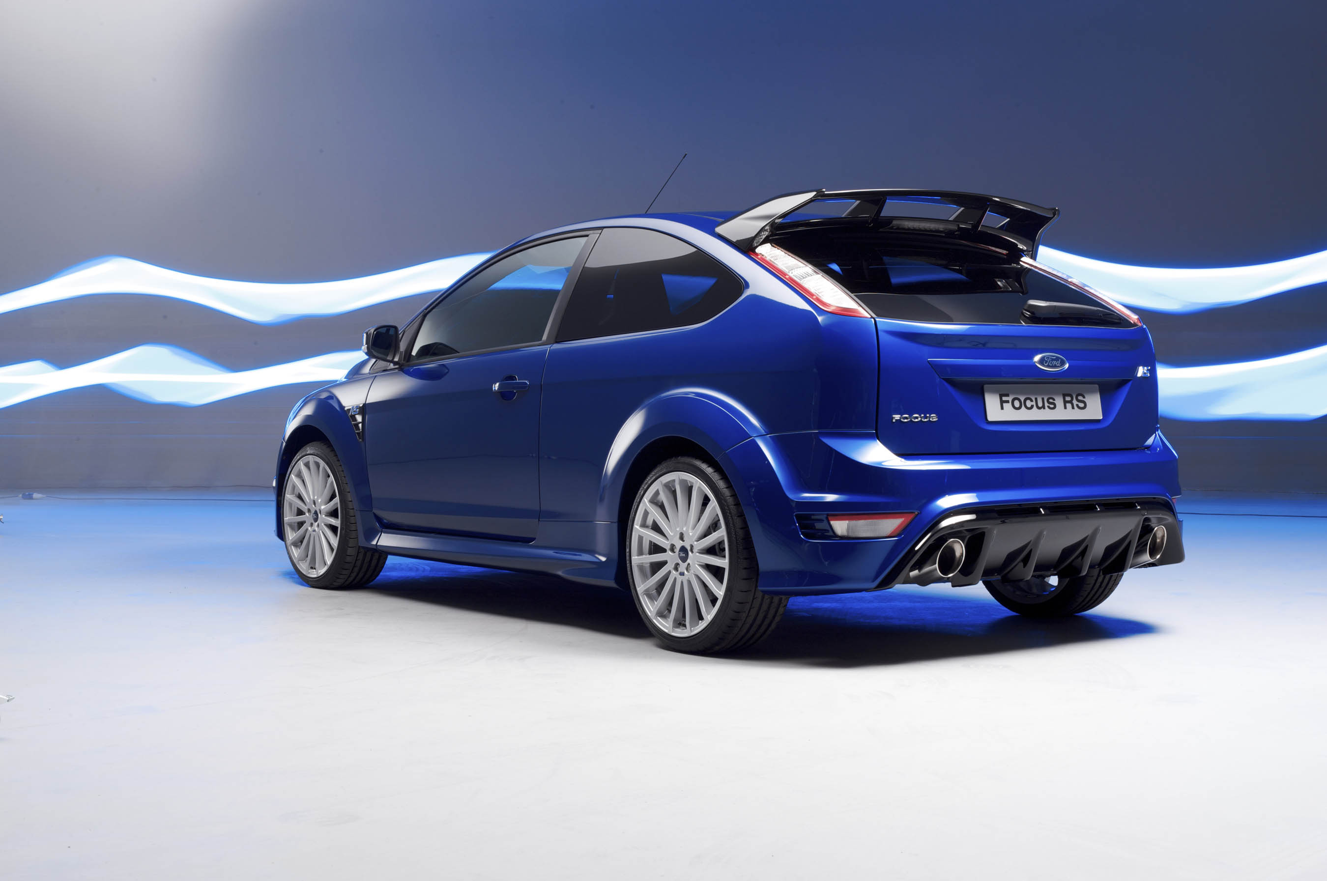 nouvelle ford focus rs toutes les photos hd 37 et 2 vid os. Black Bedroom Furniture Sets. Home Design Ideas