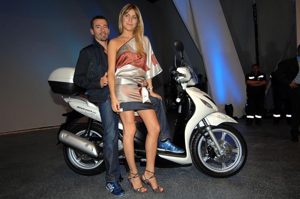 Nouveauté scooter 2008 : Suzuki Sixteen 125cc & 150cc