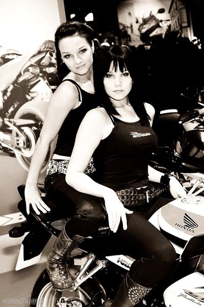 Moto & Sexy : le retour de Iina et Annariina