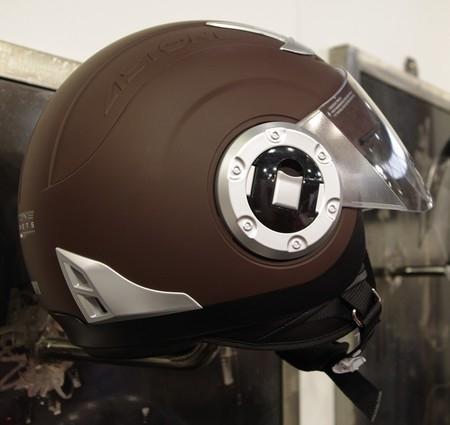 JPMS 2010 en différé : les casques Astone Helmets arrivent avec style.