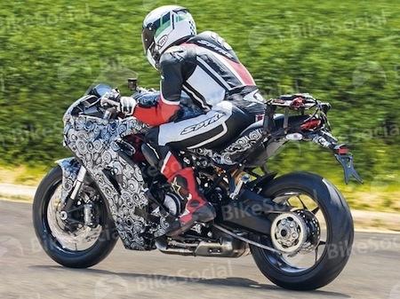Photos volées: Ducati 939 Supersport