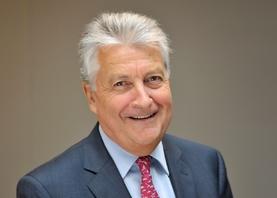 Bernard Ollivier, Directeur Général Adjoint d'Alpine, répond à Caradisiac à propos de l'absence d'Alpine au Mondial de Paris.