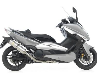 Leo Vince offre une ligne au Yamaha T-Max.