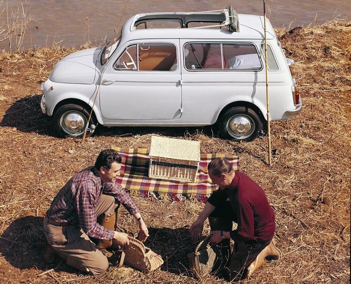 future fiat 500 un petit break giardiniera de l 39 hybride et de l 39 lectrique. Black Bedroom Furniture Sets. Home Design Ideas