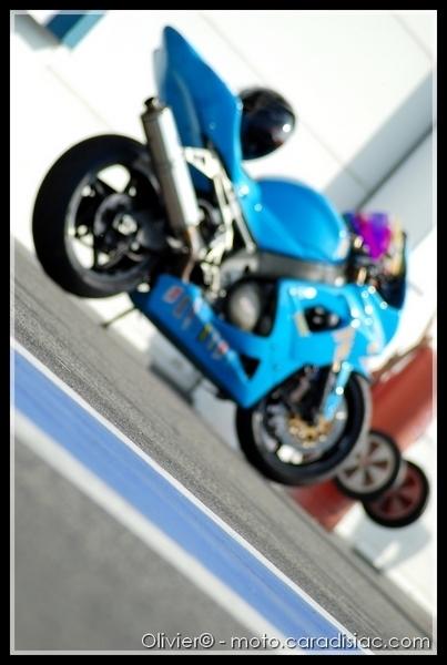 Roulage Up Racing à Magny-Cours : Au coeur du paddock... [33 images]