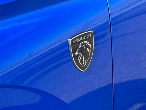 As with Ferrari, the badge is now also on the fenders.