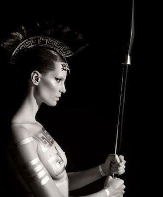 "Calendrier Pirelli 2011: ""Mythology""."
